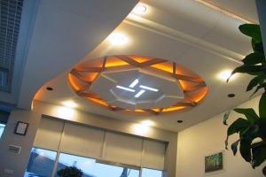 多边形造型灯槽、吊顶