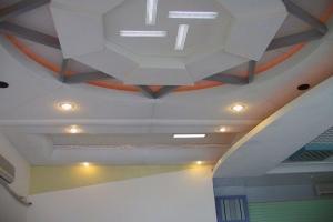 大堂造型铝板吊顶