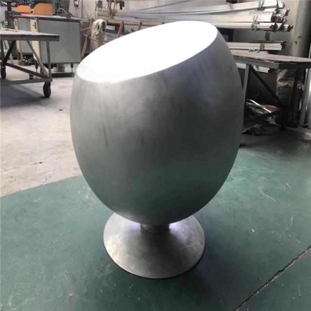 红酒杯造型双曲铝单板工艺品
