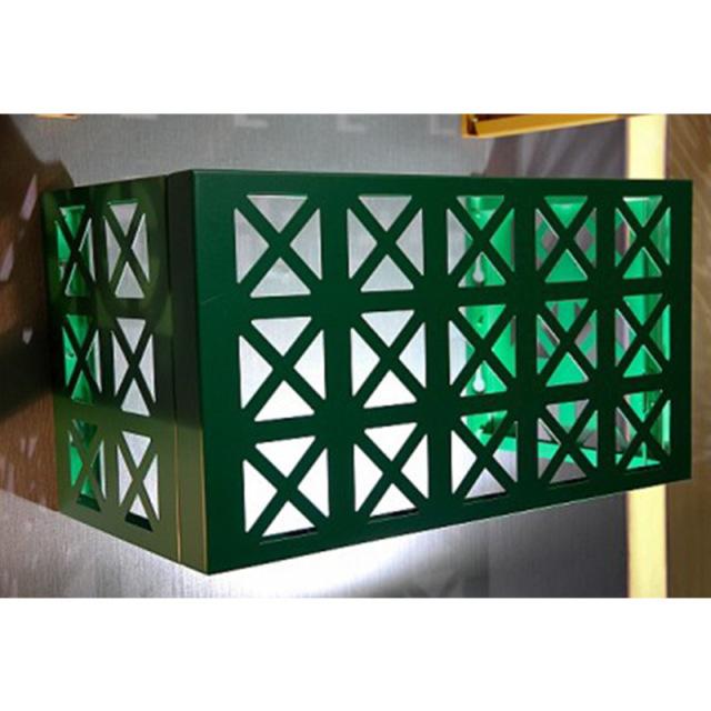 雕刻三角形孔深绿色空调罩