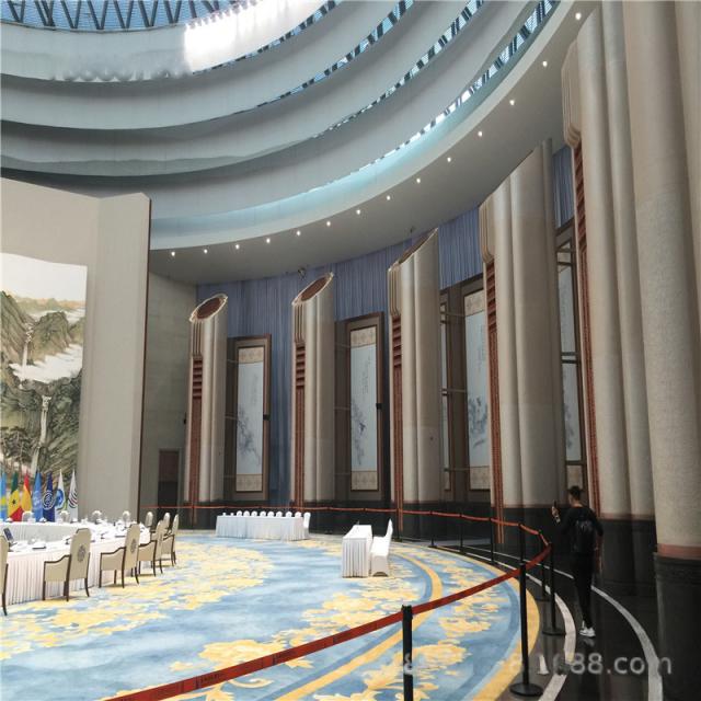 高峰会议厅造型包柱铝单板