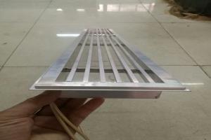 铝方管隔条焊接的铝合金出风口