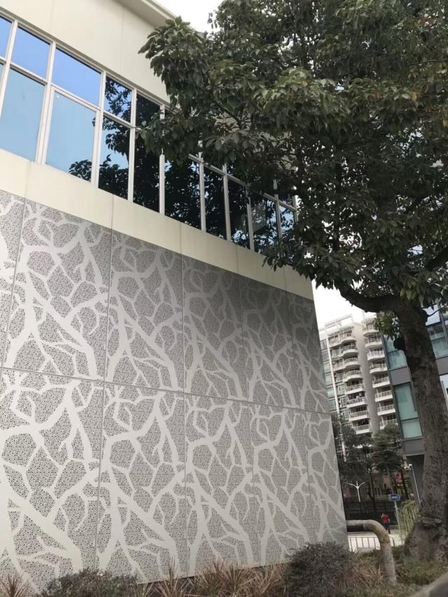 冲孔拼树根图案铝单板外墙