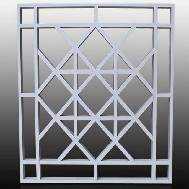 白色铝方管焊接窗花