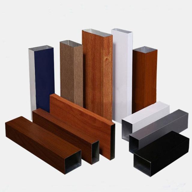 各种规格厚度的木纹铝方管