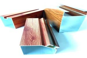 木纹色墙面隔断铝型材