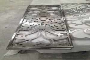 雕刻焊接铝屏风