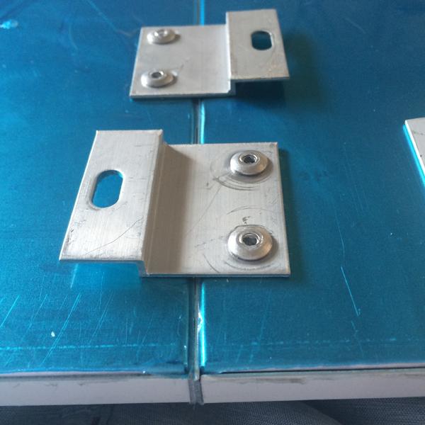 铝蜂窝板密拼安装构件