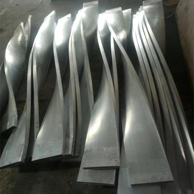 扭曲铝合金方管型材