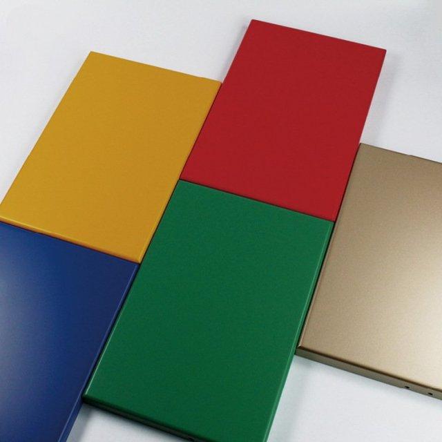 氟碳烤漆铝单板喷各种颜色