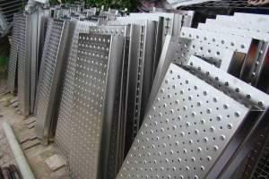 特殊孔型铝板