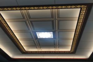中式大厅吊顶铝板