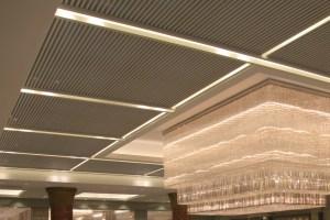 酒店大堂铝方通吊顶