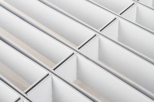 长方形白色铝格栅背面图