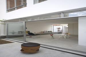 巴西圣保罗立方体住宅--内院