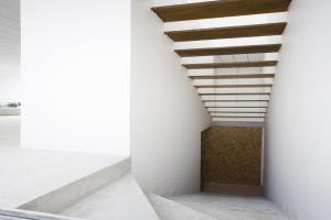 巴西圣保罗立方体住宅--悬空楼梯