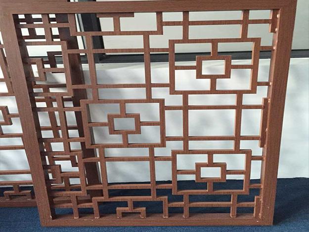 仿木纹铝合金窗花