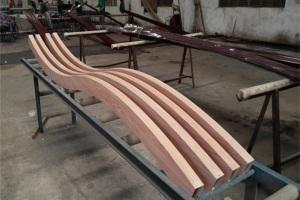 S型波浪造型木纹铝方通