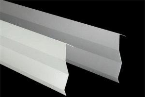 45度角白色7字型铝挂片