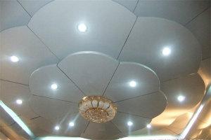 花型银灰色大厅灯盘铝单板