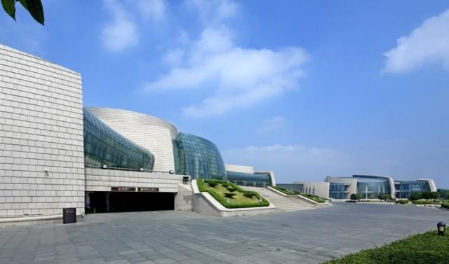 江西艺术中心外墙铝蜂窝板