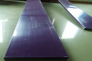 紫色铝型材方通