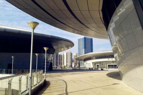 福建沙县体育公园雨棚铝板