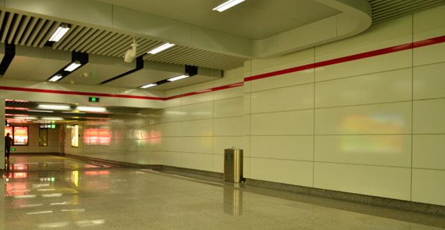地铁陶瓷铝单板