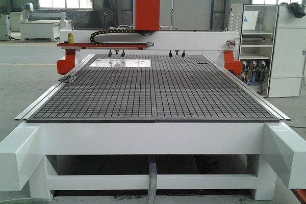 铝板雕刻机