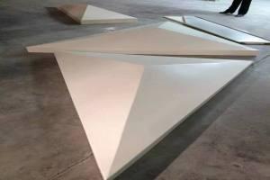 三角形造型白色氟碳铝单板