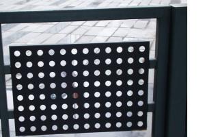 栏杆冲孔铝单板挡板