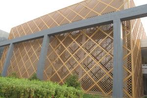 金色外墙遮阳型材边框拉网板