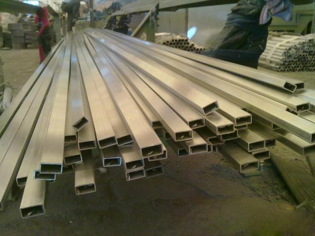 阳极氧化_装饰铝型材,铝合金管材,阴阳边角线-产品分类