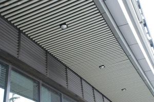 门头铝圆管吊顶