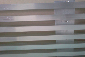 铝合金格栅立面安装方式