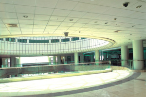 商场中央大堂铝单板吊顶