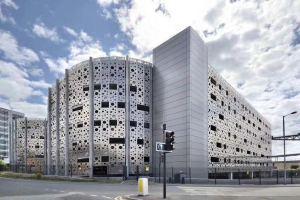 铝单板不规则冲孔造型墙
