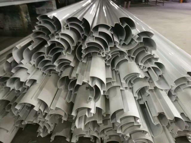 铝包边转角型材