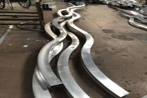 广州白云机场丝带型铝板