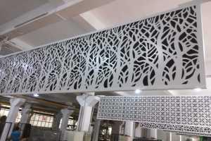 白色森林铝单板幕墙