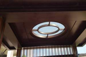 中式木纹庭院吊顶镂空天井