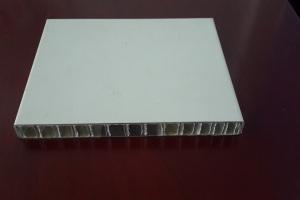 滚涂白色铝蜂窝板