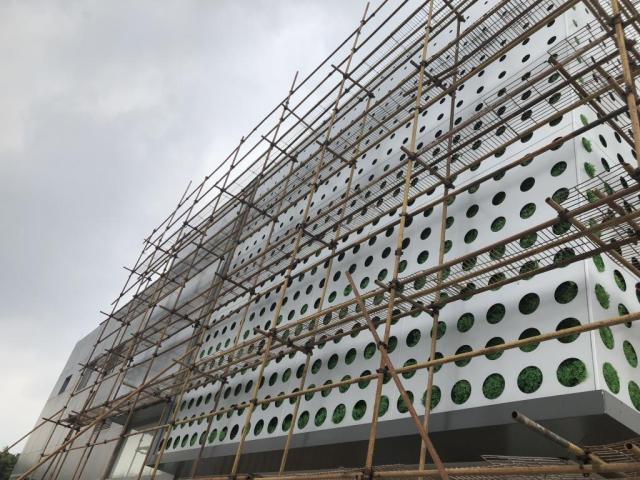 条形间隔_亚克力_幕墙铝单板_吊顶铝单板_铝方通_陶瓷/烤瓷铝板