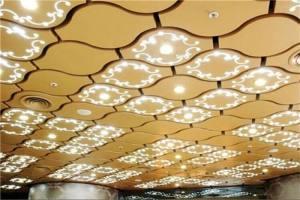 金色葫芦形吊顶铝单板