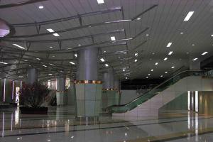 商场入口吊顶铝条扣