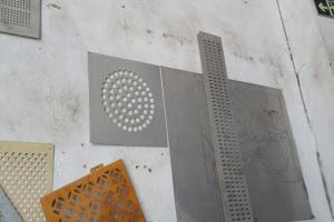 铝单板圆形排序冲孔模具