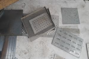 铝板方形孔和棱形孔冲孔模具