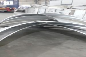 V型双曲铝单板