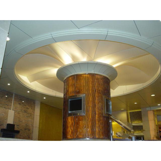 包柱顶面铝单板