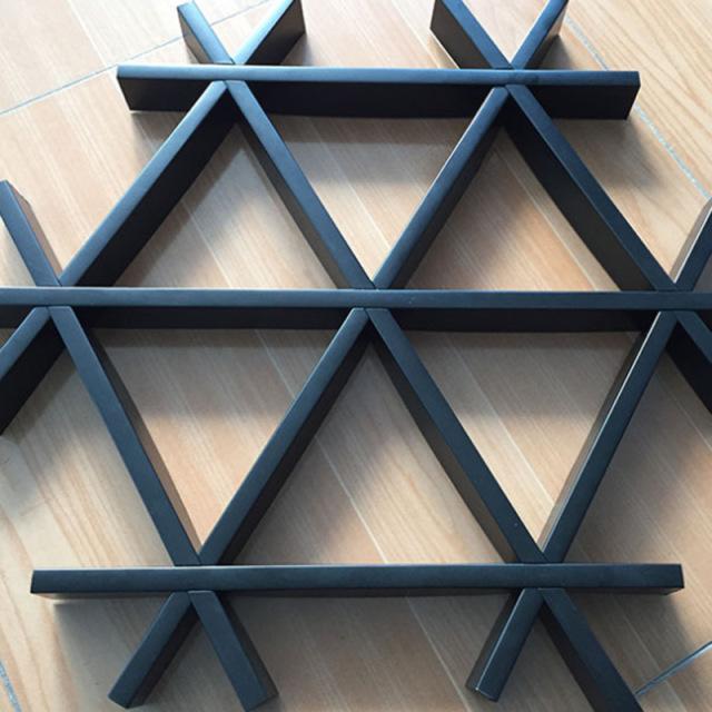 三角形铝格栅u槽